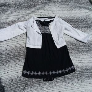 🎆5/$25🎆 Black Carter's dress and white sweater